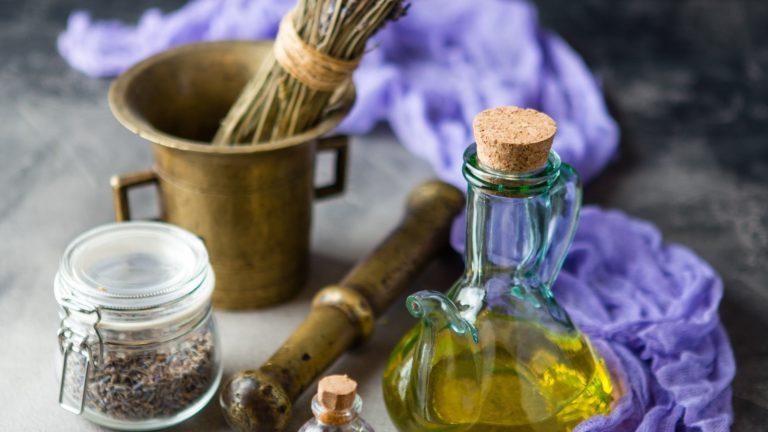 Aroma Massage Ausbildung bei der Master Wellness Akademie