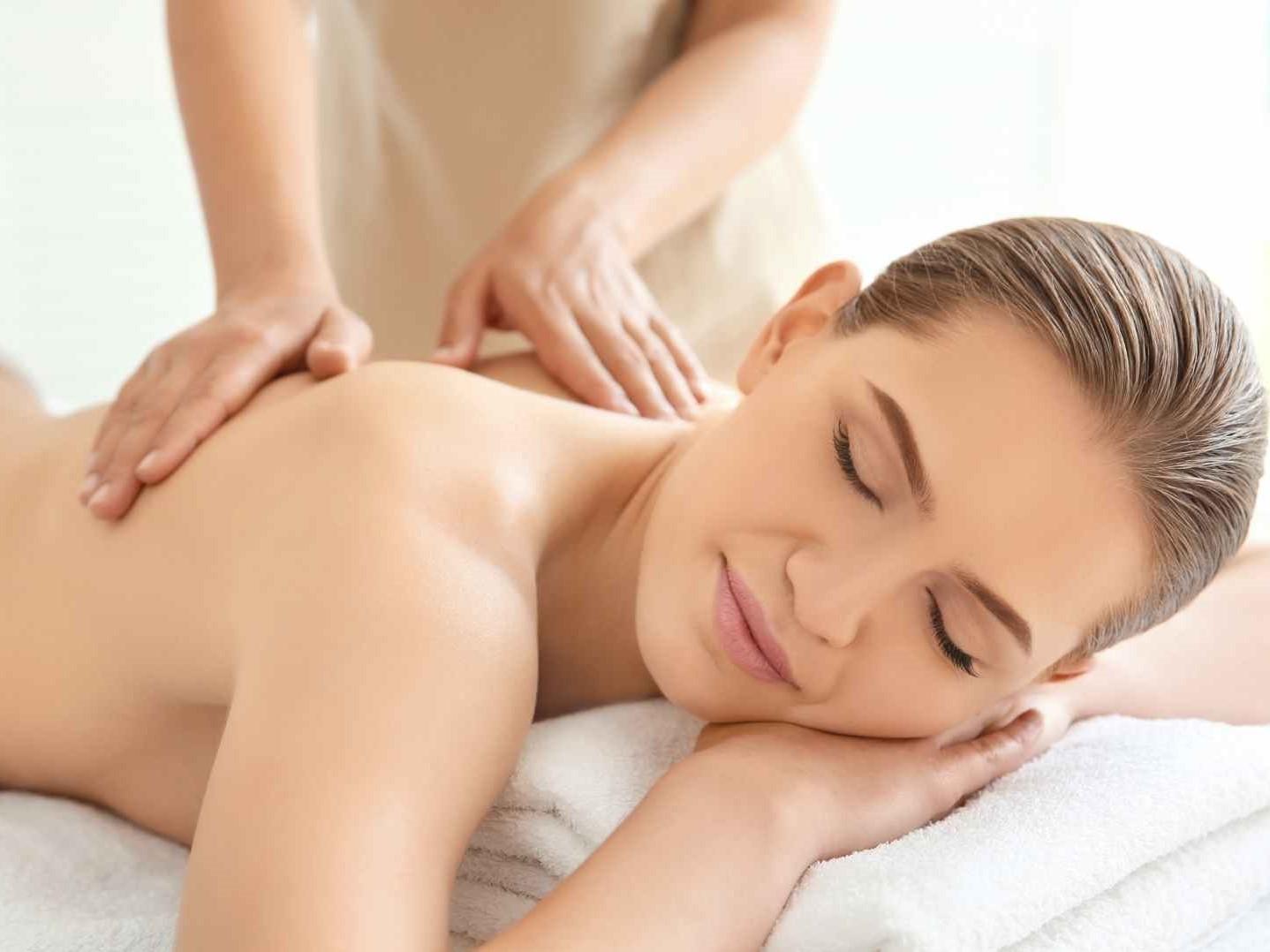 Zertifizierte Wellness Massage Ausbildung bei der Master Wellness Akademie